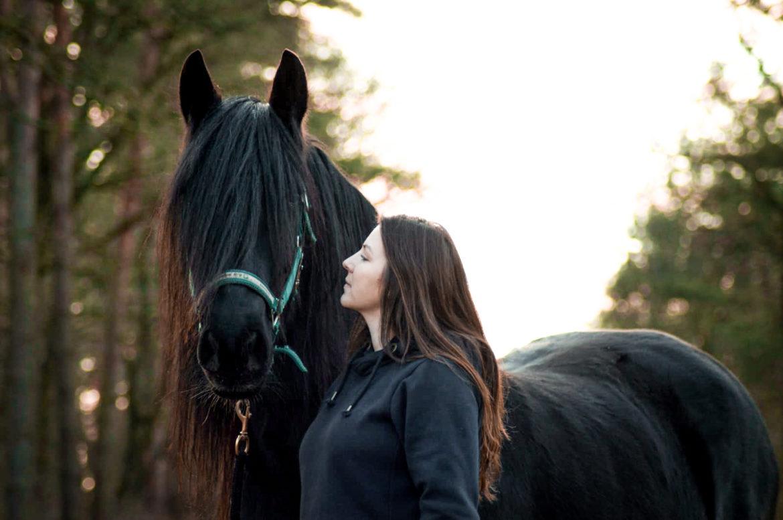 Wie du deine innere Anspannung im Umgang mit deinem Pferd auflöst